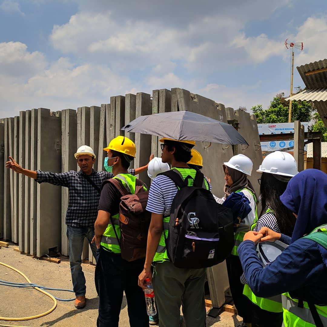 Kuliah Lapangan Proyek Asrama di Kampus ITB Jatinangor